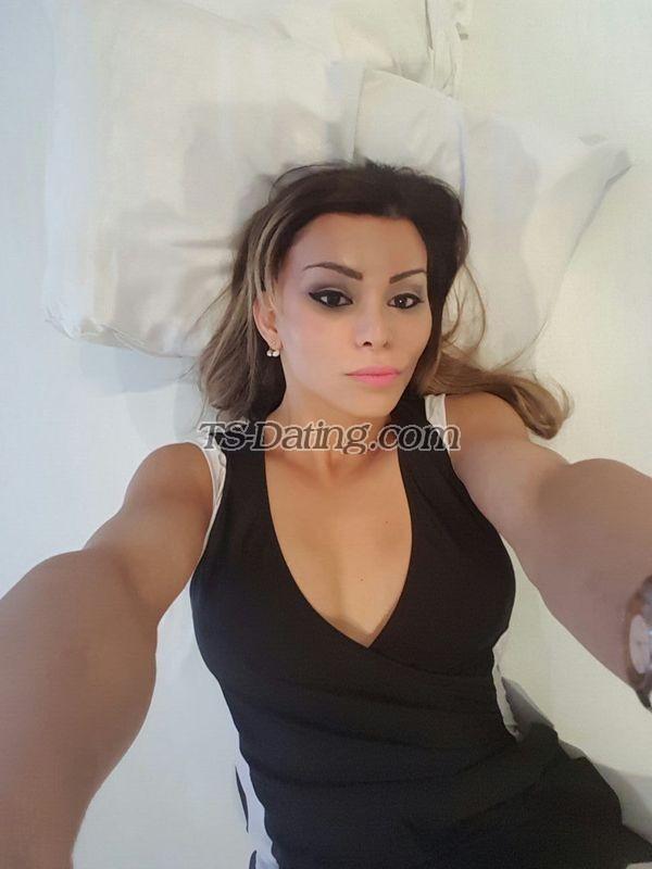 Senoir women masturbation pic