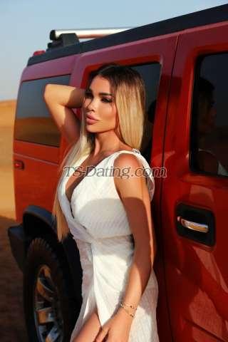 Shemale-Darina111-3929916