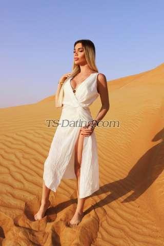 Shemale-Darina111-3929944