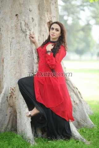 Model Anaya Khan Shemale