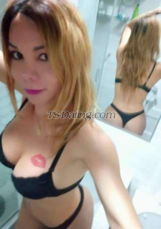 Barby bella Shemale