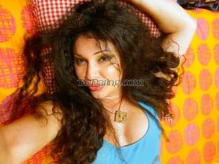 Victoria-SEXY Shemale