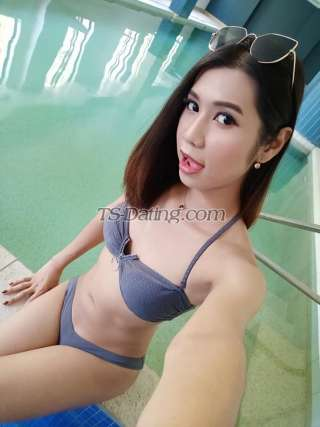 Shemale-sexyyoungts-8593005