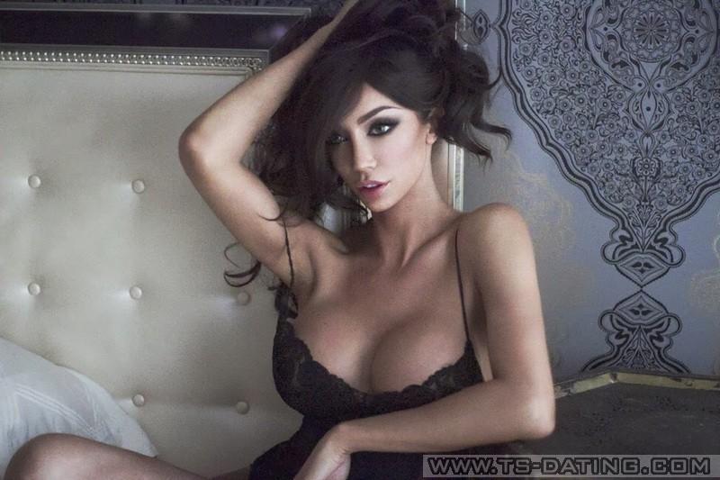 kathy bates boobs