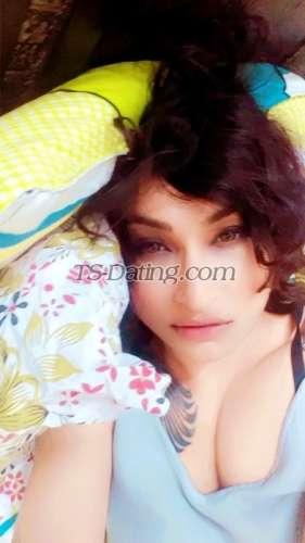 Zaara Shemale
